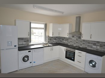 EasyRoommate UK - 5 bed fully furnished all inclusive professional flatshare close to rolls royce - Osmaston, Derby - £412 pcm