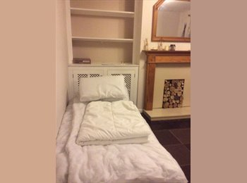 EasyRoommate UK - Double room available to rent Ashford - Aldington, Ashford - £500 pcm