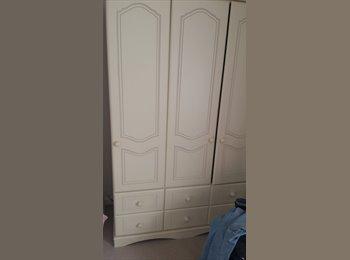EasyRoommate UK - Double room - High Harrogate, Harrogate - £450 pcm