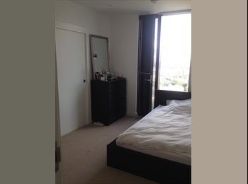 EasyRoommate UK - Spacious ensuite double bedroom - Elephant and Castle, London - £930 pcm