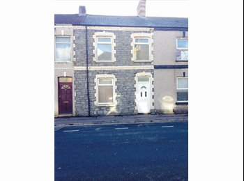 EasyRoommate UK - Spare Room in Cathays! - Cathays, Cardiff - £310 pcm