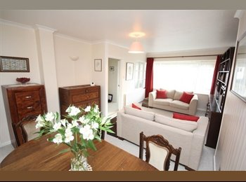 EasyRoommate UK - 3 BEDROOM HOUSE FOR RENT WITH GARDEN!!! - St. Leonards-on-Sea, Hastings - £950 pcm