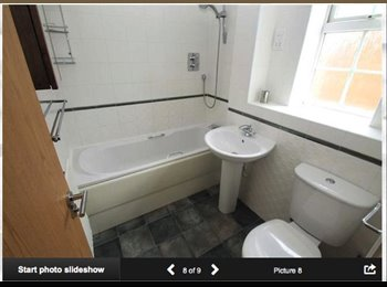 EasyRoommate UK - Double room to let available now - Sittingbourne, Sittingbourne - £700 pcm