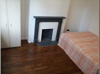 A fantastic double room to rent in Shepherd's Bush,...