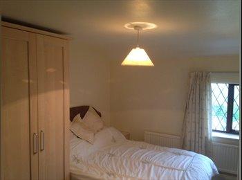 Medium size room in large cottage