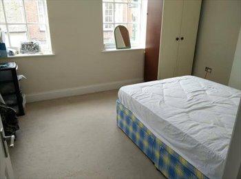 EasyRoommate UK -  DoubleRoom Sittingbourne HighStreet - Sittingbourne, Sittingbourne - £450 pcm