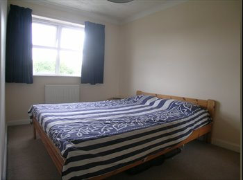 EasyRoommate UK - Double Room in Apsley - Apsley, Hemel Hempstead - £450 pcm