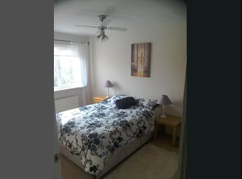 EasyRoommate UK - Double Room for rent with en suite bathroom - Hampton, Peterborough - £450 pcm