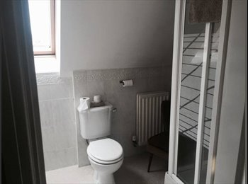 EasyRoommate UK - 2 En Suite Rooms Available in Modern 5 bed house! - Clipstone, Mansfield - £350 pcm