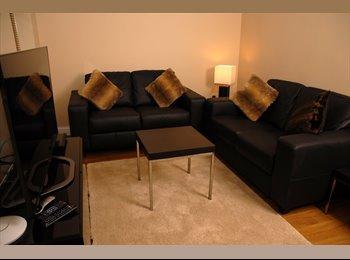 EasyRoommate UK - New Refurbished En-Suite Rooms  - Cheltenham, Cheltenham - £545 pcm