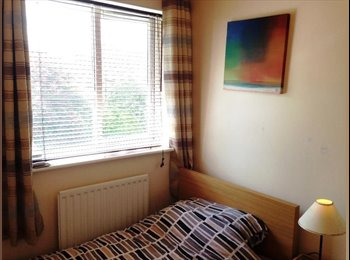 EasyRoommate UK - Single Room £300/m - Mangotsfield, Bristol - £300 pcm