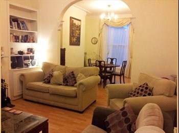 Great double in lovely house near Acton Town tube