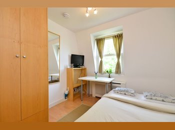 MODERN  studio flats with open plan kitchen and en-suite...
