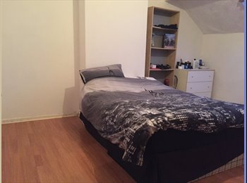 EasyRoommate UK - Spacious Double Room Available in House Share - Burley, Leeds - £365 pcm