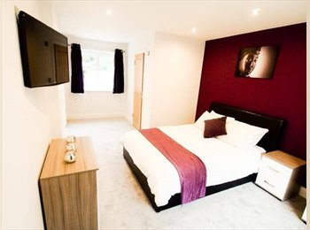EasyRoommate UK - ***Brand New Luxurious 7 Bed House Share*** - Lower Earley, Reading - £750 pcm