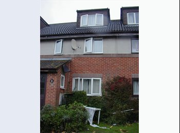 EasyRoommate UK - Rooms available - Canterbury, Canterbury - £350 pcm
