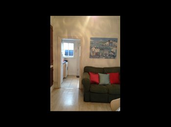 Double room available in 4 bedroom house in West Bridgford,...