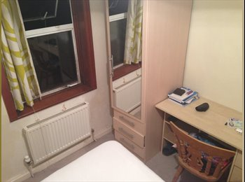 EasyRoommate UK - Double Room in 4 bed house  - Kemp Town, Brighton and Hove - £380 pcm