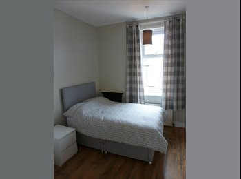 EasyRoommate UK - Newly furnished double rooms available now - Gosforth, Newcastle upon Tyne - £260 pcm