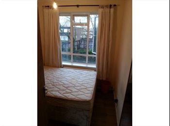 Double room Archway - 2 mins walk station 1/10/2015