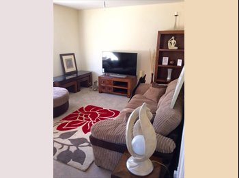 EasyRoommate UK - Double bedroom available now! - Birchgrove, Swansea - £360 pcm
