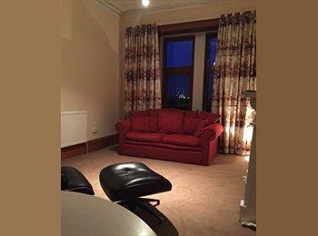 EasyRoommate UK - Double room in cool refurbished flat near uni - North Kelvinside, Glasgow - £320 pcm