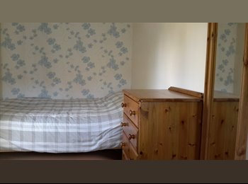 EasyRoommate UK - Room for rent in South Petherton - South Petherton, South Somerset - £400 pcm