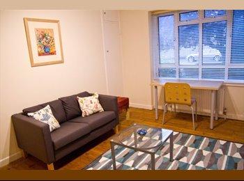 EasyRoommate UK - Bright spacious flat in Kilburn/Queens Park - Queens Park, London - £675 pcm