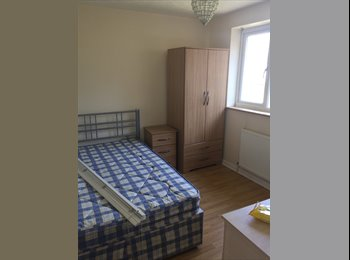 EasyRoommate UK - Shared House In Canterbury - Canterbury, Canterbury - £440 pcm