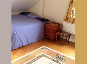 3 double rooms available