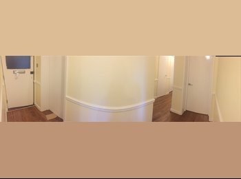 EasyRoommate UK - Brand new refurbished flat- 2 single rooms available - Southsea, Portsmouth - £400 pcm