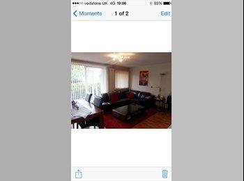 EasyRoommate UK - Spacious double & single rooms to rent - Edinburgh Centre, Edinburgh - £450 pcm