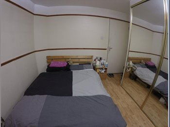 EasyRoommate UK - DOUBLE ROOM IN SHARED HOUSE. AT OVAL/CAMBERWELL/KENNIGTON/ELEPHANT& CASTLE- OFF JOHN RUSKIN STREET - Elephant and Castle, London - £560 pcm