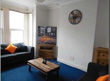 EasyRoommate UK - Spacious double rooms in the West End - Lincoln, Lincoln - £370 pcm