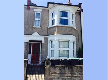 EasyRoommate UK - Double room  - Alexandra Palace, London - £645 pcm