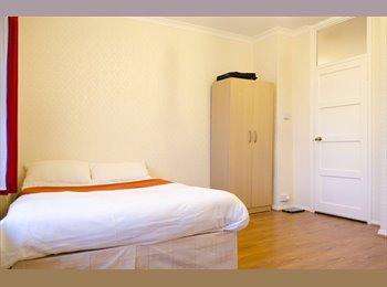 EasyRoommate UK - All bills inc. Two beautiful rooms in the same flat. - St. Johns Wood, London - £975 pcm