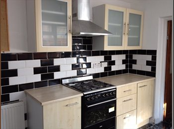 Fab Large Single Room in  Professional House - St Agnes,...