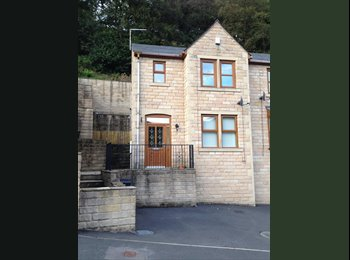 EasyRoommate UK - Double room  - Calderdale, Calderdale - £340 pcm
