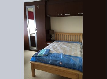 EasyRoommate UK - Monday to Friday let only - Hornchurch, London - £350 pcm