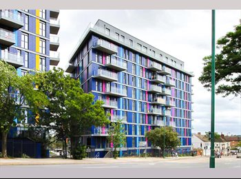 EasyRoommate UK - LUXURY PURPOSE BUILT APARTMENT, Wembley - £1,000 pcm