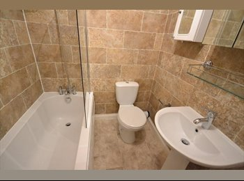 *Temporary Let* Small Double Room - 5mins from Macclesfield...