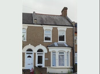 New rooms in large house near Enfield Lock Station - All...