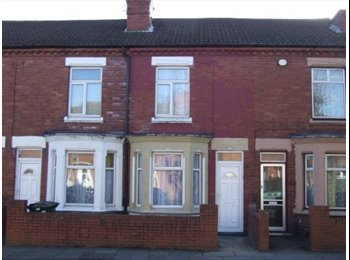 EasyRoommate UK - 4 Bedroom available in Bollingbroke road, Coventry !!!!!! - Willenhall, Coventry - £366 pcm