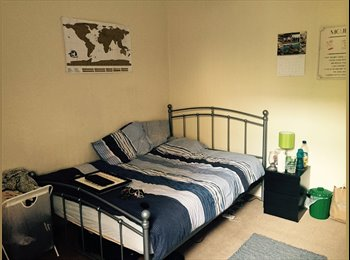 Spacious Double Room - Clapham South (October)