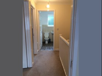 EasyRoommate UK - Rooms in a Newly Decorated House for Rent  - Barking and Dagenham, London - £550 pcm