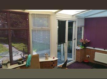 EasyRoommate UK - 2 double rooms in South Yardley - South Yardley, Birmingham - £400 pcm