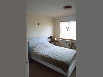 Large Double Ensouite Room in great location!