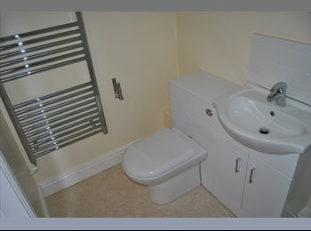 EasyRoommate UK - Double bedrooms available all bills included - Penketh, Warrington - £470 pcm