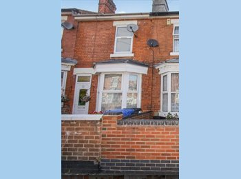 EasyRoommate UK - Houseshare in Alfreton - Sorry no DSS - Alfreton, High Peak - £75 pcm