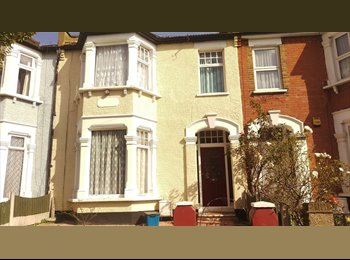 Double Room available in Ilford